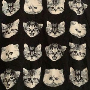 Urban Outfitters Tops - Cropped Urban Outfitters cat tee